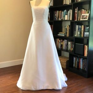NWT David's Bridal Wedding Gown